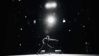 Mat Ricardo Performs